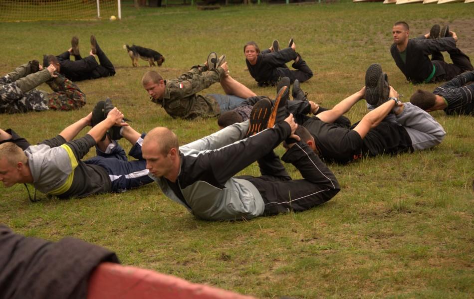 Grupa w trakcie terningu fizycznego