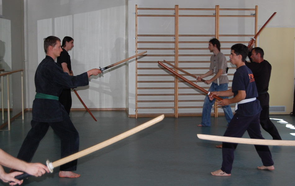 Nauka Kamae w Kenjutsu